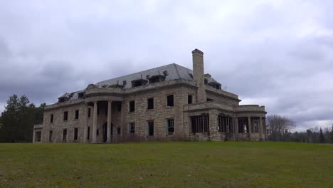 Time-lapse-of-an-abandoned-and-spooky-old-boarding-school-or-mansion-in-the-countryside