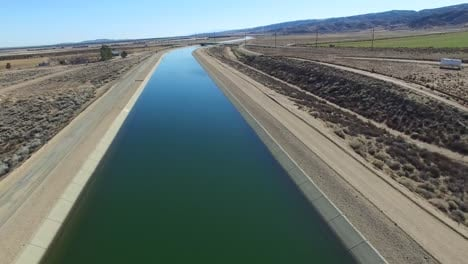 Aerial-over-the-California-aqueduct-delivering-water-to-a-drought-stricken-state-3