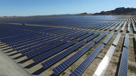 An-aerial-over-a-solar-power-farm-in-the-Mojave-Desert-of-California