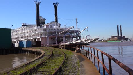 A-Mississippi-riverboat-sits-at-a-dock-near-New-Orleans-Louisiana