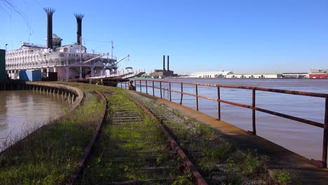 A-Mississippi-riverboat-sits-at-a-dock-near-New-Orleans-Louisiana-1