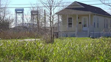 Houses-stand-amidst-empty-and-undeveloped-lots-in-the-Lower-9th-Ward-of-New-Orleans-Louisiana-post-Katrina-1