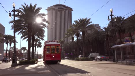 A-red-New-Orleans-streetcar-travels-through-the-city