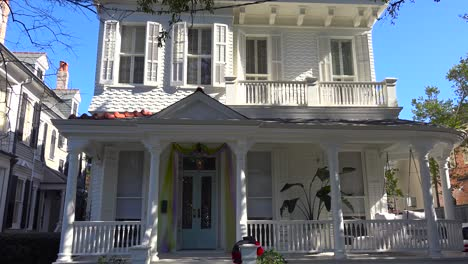 A-beautiful-facade-of-a-house-in-New-Orleans-Louisiana