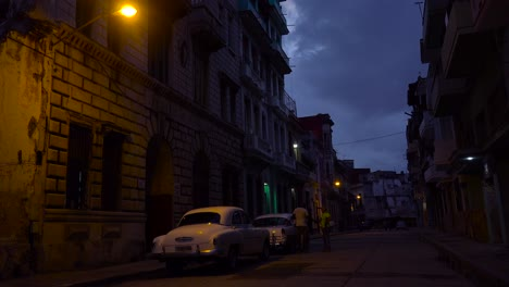 A-quiet-street-in-Havana-Cuba-at-night