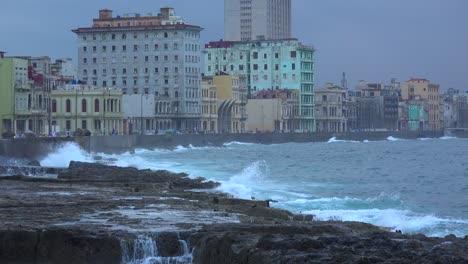 Waves-break-on-the-Malecon-in-Havana-Cuba-during-a-winter-storm-1
