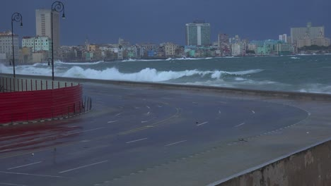 The-waterfront-promenade-of-the-Malecon-in-Havana-Cuba-takes-a-beating-during-a-huge-winter-storm