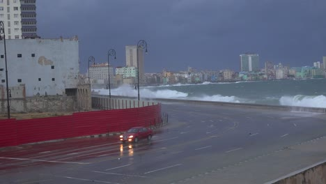 The-waterfront-promenade-of-the-Malecon-in-Havana-Cuba-takes-a-beating-during-a-huge-winter-storm-1