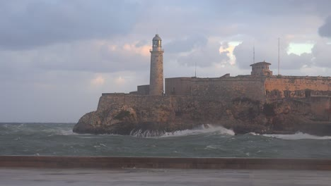The-Morro-castle-and-fort-in-Havana-Cuba-with-large-waves-foreground