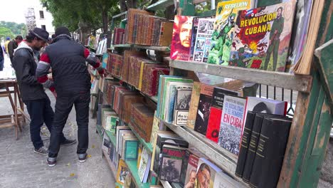 Vendors-on-the-streets-of-Havana-Cuba-sell-old-propaganda-books-and-posters
