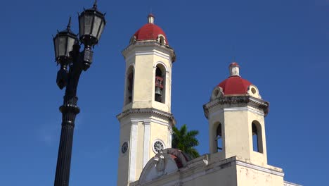 The-beautiful-towers-of-the-Catedral-De-La-Purisima-rise-above-the-public-square-in-Cienfuegos-Cuba