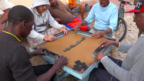 Cuban-men-play-dominos-on-the-streets-of-Havana
