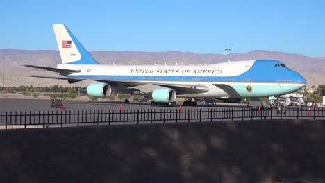 Air-Force-One-sits-on-the-tarmac-at-an-airport-in-Palm-Springs-California