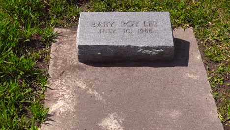 """A-simple-gravestone-honors-baby-boy-Jeff""""""""-in-a-cemetery"""""""""""