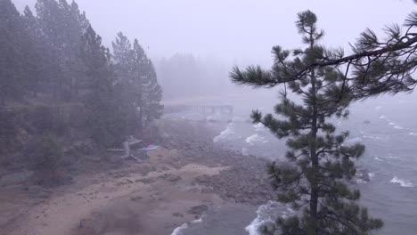 A-snowstorm-strike-at-Lake-Tahoe-Nevada-1