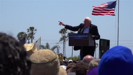 Bernie-Sanders-speaks-in-front-of-a-huge-crowd-at-a-political-rally-about-what-politics-means-in-America-2