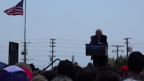 Bernie-Sanders-speaks-in-front-of-a-huge-crowd-at-a-political-rally-about-the-reality-of-global-warming
