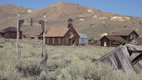 Wide-establishing-shot-of-the-old-California-ghost-town-of-Bodie