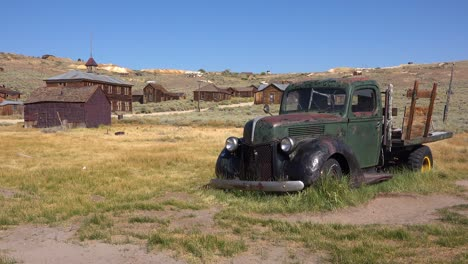 An-old-abandoned-pickup-truck-sits-in-the-field-in-the-remarkable-ghost-town-of-Bodie-California