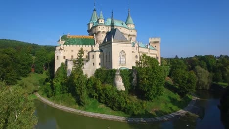 A-beautiful-rising-aerial-view-of-the-romantic-Bojnice-Castle-in-Slovakia