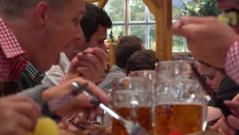 People-eat-and-drink-at-Oktoberfest-Germany
