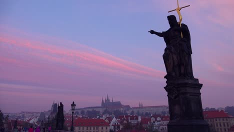 Classic-morning-dawn-light-on-statues-on-the-Charles-Bridge-in-Prague-Czech-Republic-4