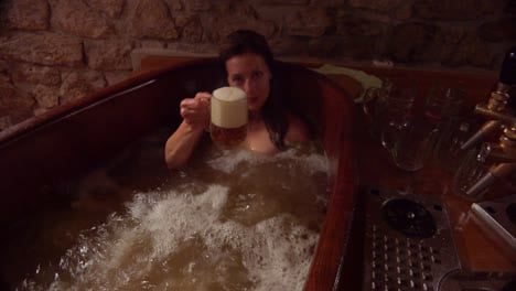 A-beer-spa-in-the-Czech-Republic-offers-the-opportunity-to-bathe-in-and-drink-beer