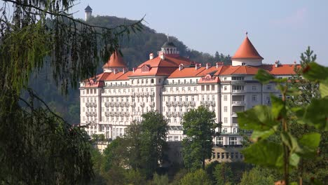 A-massive-old-fashioned-retro-European-resort-hotel-in-the-mountains-of-Karlovy-Vary-Czech-Republic