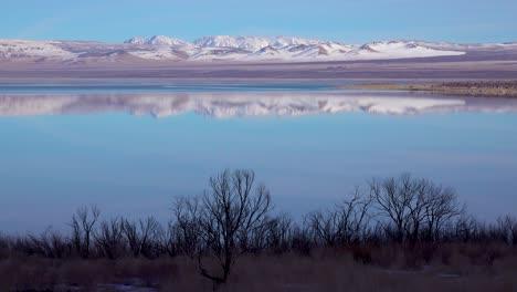 A-frigid-landscape-along-the-shores-of-Mono-Lake-California