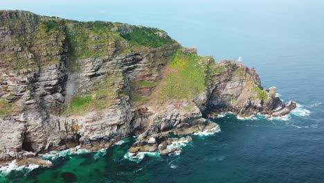 Toma-Aérea-Del-Cabo-De-Buena-Esperanza-Y-Cabo-Point-Donde-Los-Océanos-índico-Y-Atlántico-Se-Encuentran-En-El-Extremo-Sur-De-Sudáfrica