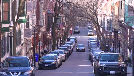 Establecimiento-De-Tiro-De-Tráfico-De-Apartamentos-Y-Calles-En-Bunker-Hill-Boston-Massachusetts