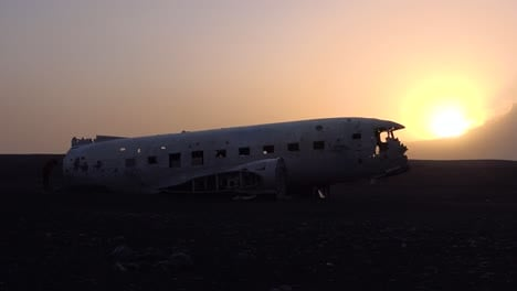 Silhouette-of-a-crashed-US-Navy-DC-3-on-the-black-sands-of-Solheimasandur-Iceland