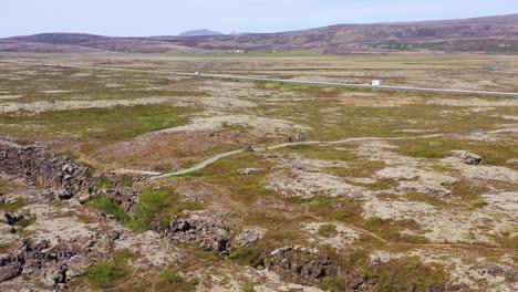 Beautiful-vista-aérea-over-the-mid-Atlantic-Ridge-at-Thingvellir-Iceland-6