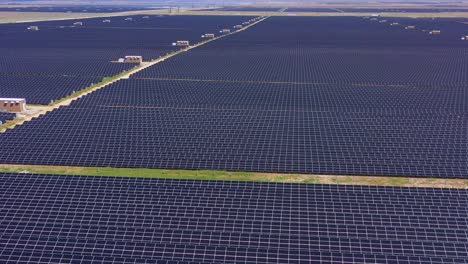 Aerial-of-vast-solar-panels-and-solar-power-fields-clean-energy-solution-in-the-California-desert-near-Antelope-Valley