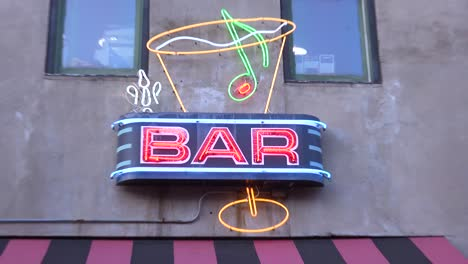 Zoom-into-a-bar-neon-sign-on-Beale-Street-Memphis-Tennessee