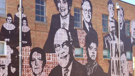 Large-mural-of-civil-rights-leaders-and-heroes-near-the-National-Civil-Rights-Museum-in-Memphis-Tennessee