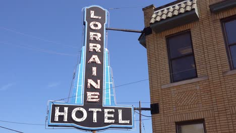 Exterior-of-the-Lorraine-Motel-where-Martin-Luther-King-was-assassinated-on-April-4-1968-now-the-National-Civil-Rights-Museum-in-Memphis-Tennessee-6