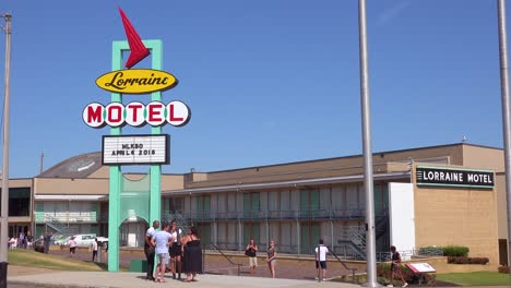 Exterior-of-the-Lorraine-Motel-where-Martin-Luther-King-was-assassinated-on-April-4-1968-now-the-National-Civil-Rights-Museum-in-Memphis-Tennessee-7