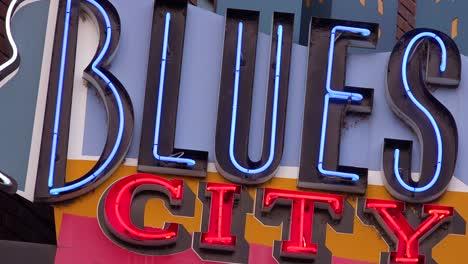 Neon-sign-on-Beale-Street-Memphis-identifies-Blues-City-nightclub-and-bar