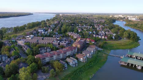 Aerial-over-generic-upscale-neighborhood-with-houses-and-duplexes-in-a-suburban-region-of-Memphis-Tennessee-Mud-Island-1