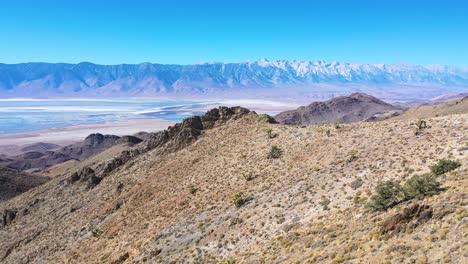 La-Antena-De-La-Vasta-Región-Del-Valle-De-Owens-Revela-Las-Sierras-Orientales-De-California-Y-El-Monte-Whitney-En-La-Distancia-2