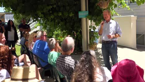 2019---El-Candidato-Presidencial-Estadounidense-Tom-Steyer-Habla-Ante-Una-Pequeña-Reunión-O-Grupo-De-Votantes-Y-Simpatizantes-En-Ventura-California-2