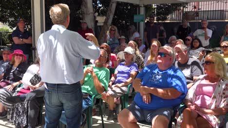 2019---El-Candidato-Presidencial-Estadounidense-Tom-Steyer-Habla-Ante-Una-Pequeña-Reunión-O-Grupo-De-Votantes-Y-Simpatizantes-En-Ventura-California-5