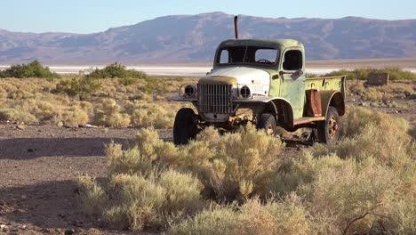 2020---La-Vieja-Camioneta-Charles-Manson-Se-Encuentra-En-El-Desierto-Cerca-De-Barker-Ranch-Death-Valley