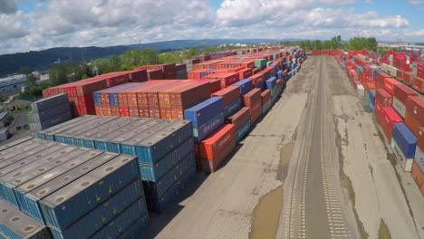 An-vista-aérea-over-a-rail-freight-yard-with-containers-in-transit-1
