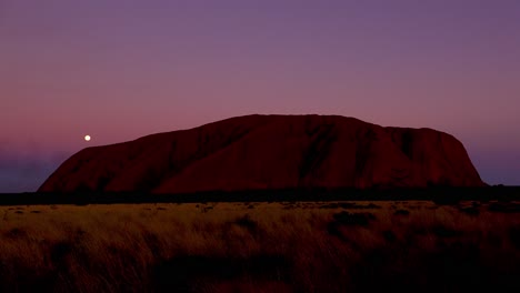 Night-full-moon-rising-over-Ayers-Rock-Uluru-Australia