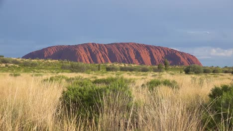 Establishing-shot-of-Uluru-Ayers-Rock-in-the-outback-of-Australia