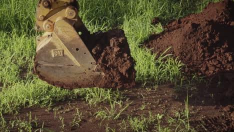 Tractor-Pala-Excavadora-Excava-Suciedad