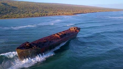 Beautiful-aerial-over-the-Kaiolohia-shipwreck-on-the-Hawaii-island-of-Lanai-4