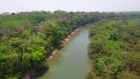 Antena-Sobre-El-Río-Pasión-Y-Canquen-En-Guatemala